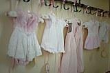 decor baby shower cu hainute