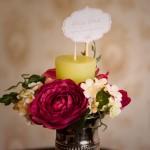 decor floral in vaza argintie