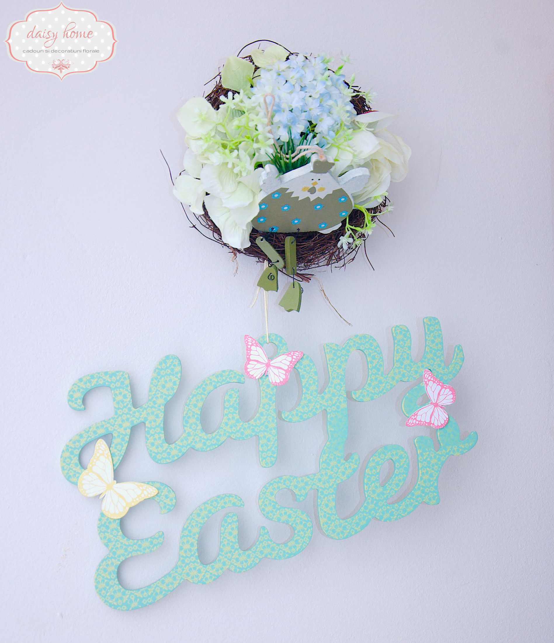 "Decor cuib si ""Happy Easter"""